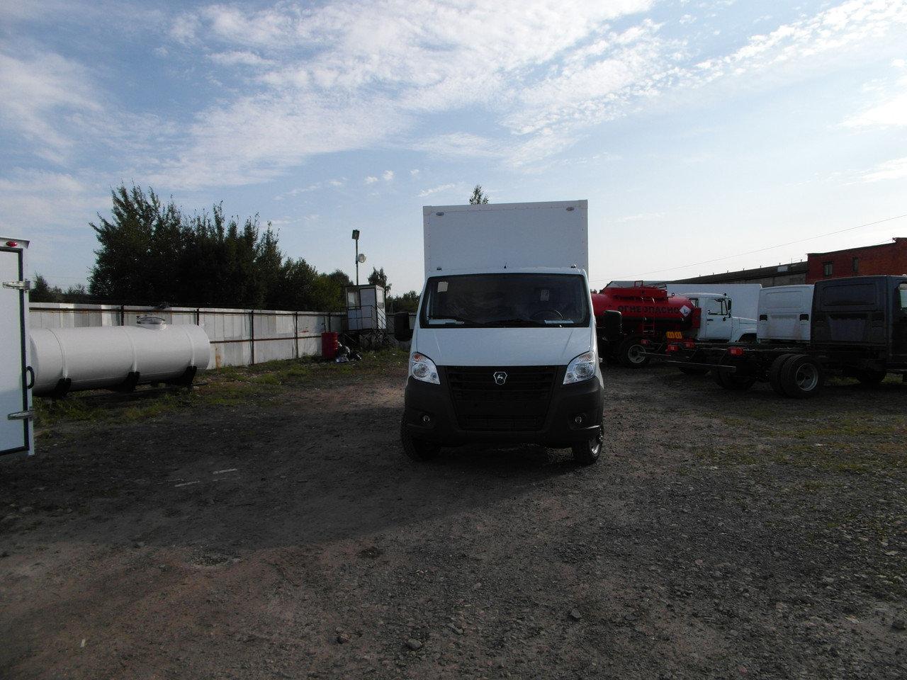 ГАЗель Next бензин с Изотермическим Сэндвич фургоном 3 метра